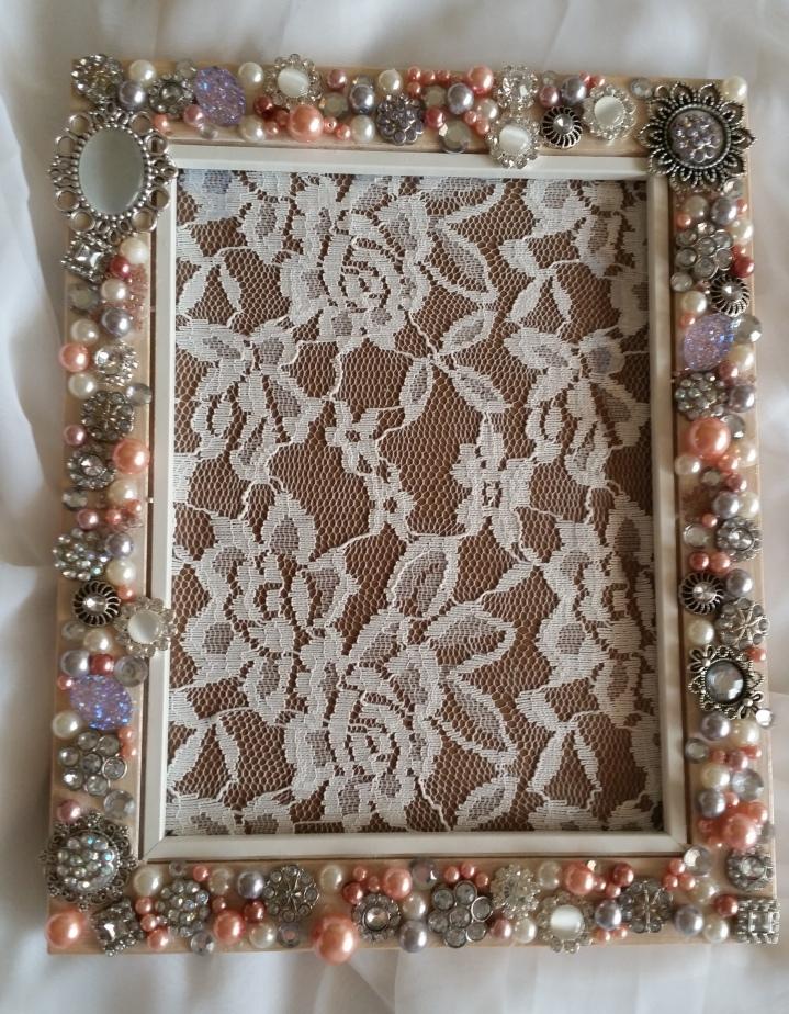 dianaencea-hforh-jewelsframe